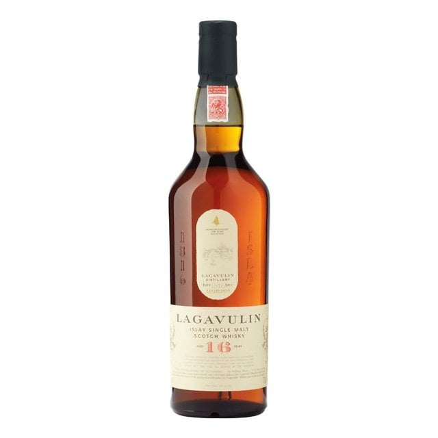 lagavulin 16 whisky de malta botella